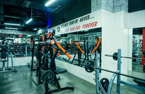 fully-equipped-gym-for-sale-in-dubai-4