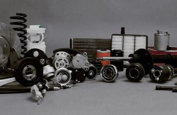30 years-Old-Auto-Parts-Lubricants-Batteries-Auto-Accessories-Business-2