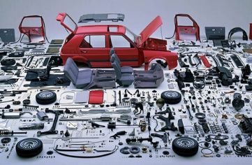 30 years-Old-Auto-Parts-Lubricants-Batteries-Auto-Accessories-Business-3