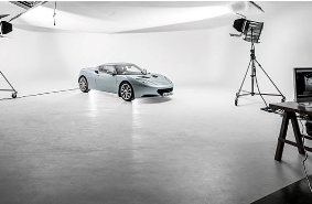 Rental of photographic studio space and equipment