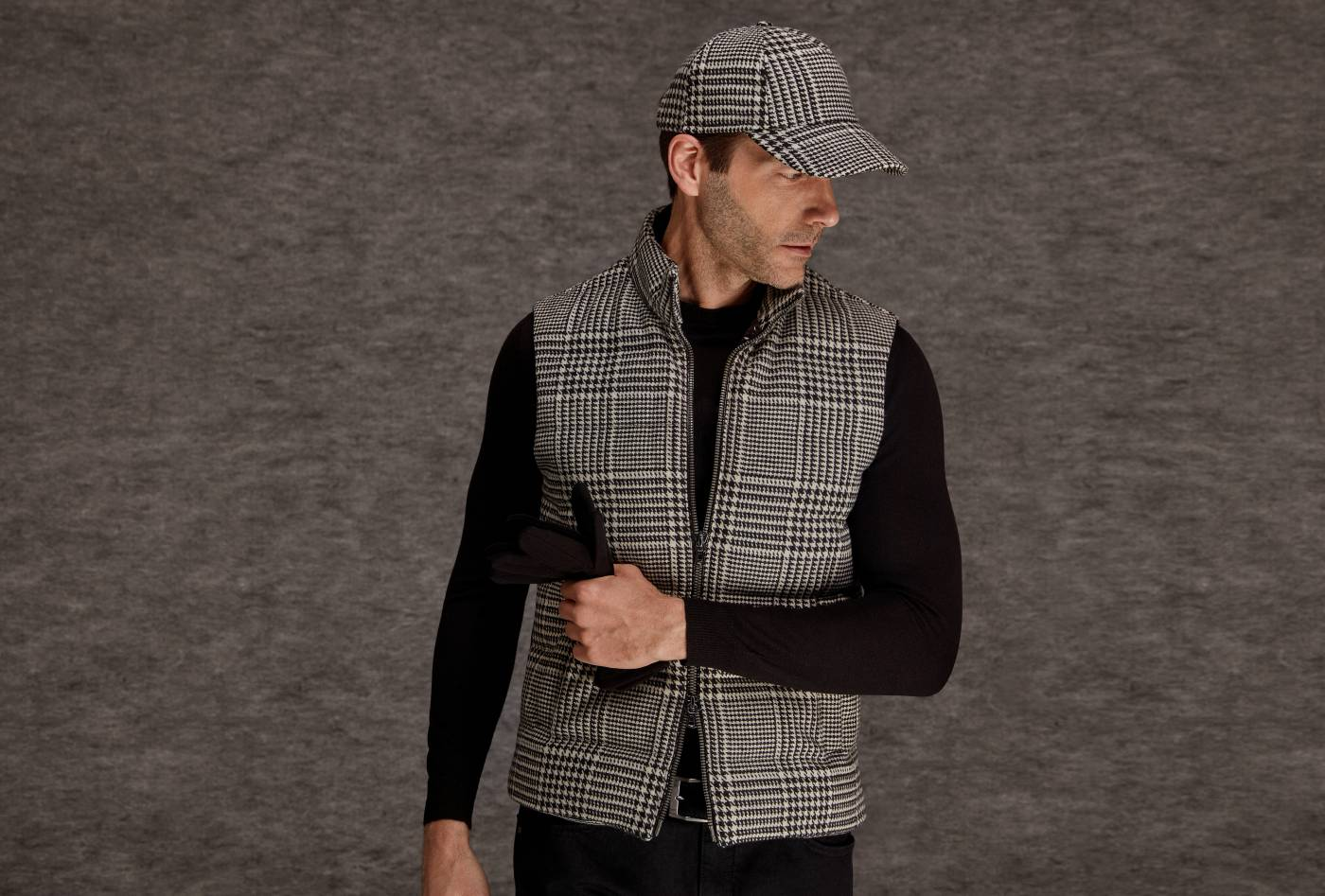 FAMOUS_FASHION_BOUTIQUE_FOR_MEN_FOR_SALE_IN_TOP_MALL_IN_ABU_DHABI_736