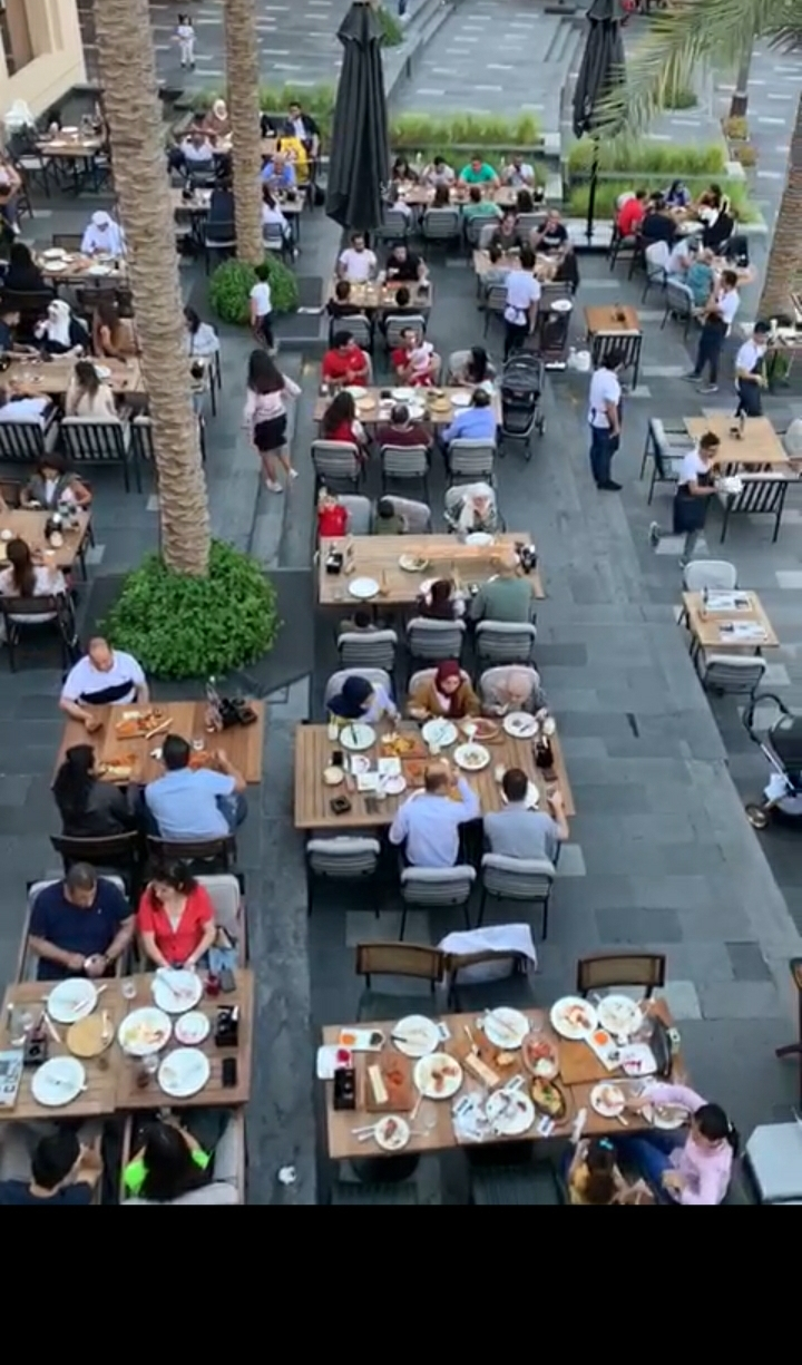 Highly_Profitable_Restaurant_Chain_in_key_locations_in_Dubai_742