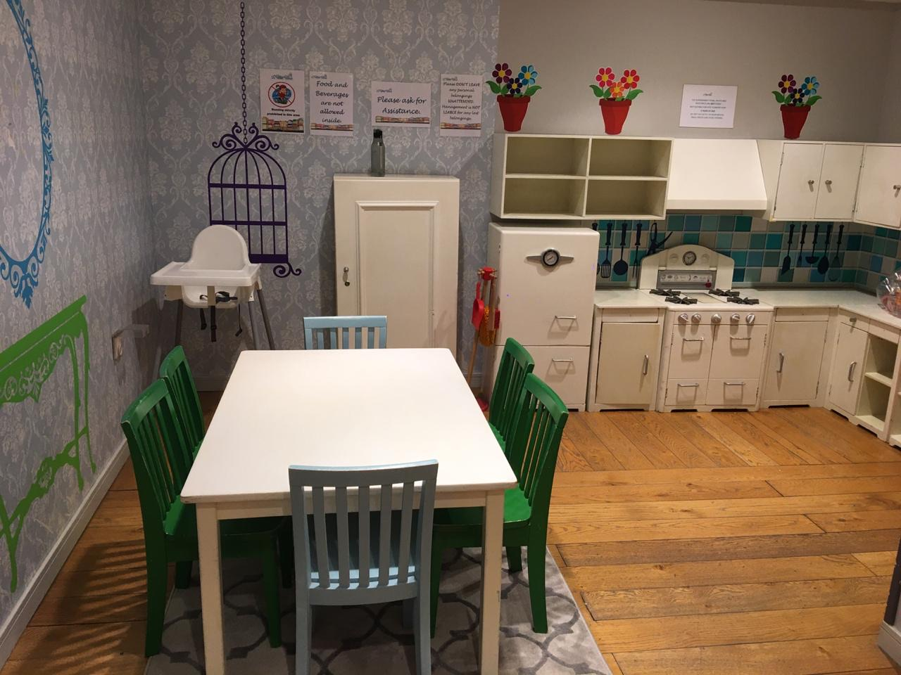 Kids_Play_Area_Equipment_and_Furniture__714