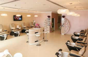 Profitable_Ladies_Beauty_Salon_for_Sale_in_Dubai_in_a_Mall_758