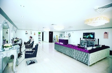 Ladies Salon for Sale in Abu Dhabi